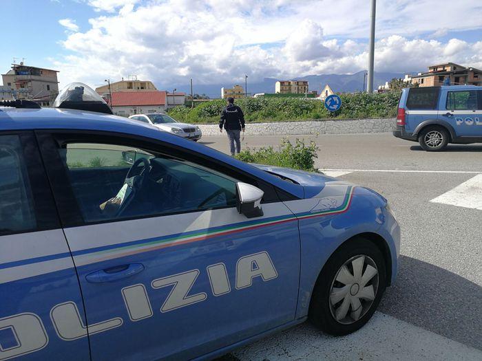 Caltanissetta, minaccia di morte la moglie: allontanato da casa dai poliziotti