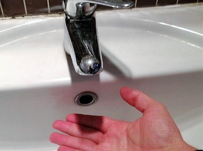 Mazzarino, stop alla distribuzione idrica