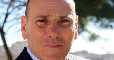 """I giovani di """"Eclettica"""" incontrano il candidato sindaco Maurizio Averna"""