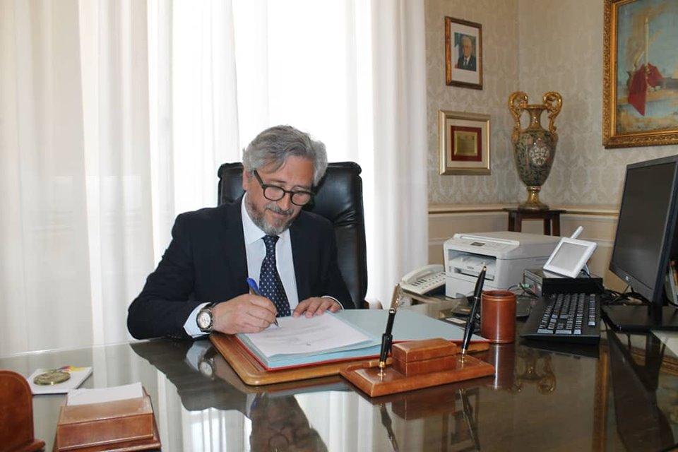 """Caltanissetta, il sindaco e la giunta ridurranno gli stipendi: """"Un risparmio di circa 25mila euro annuo"""""""
