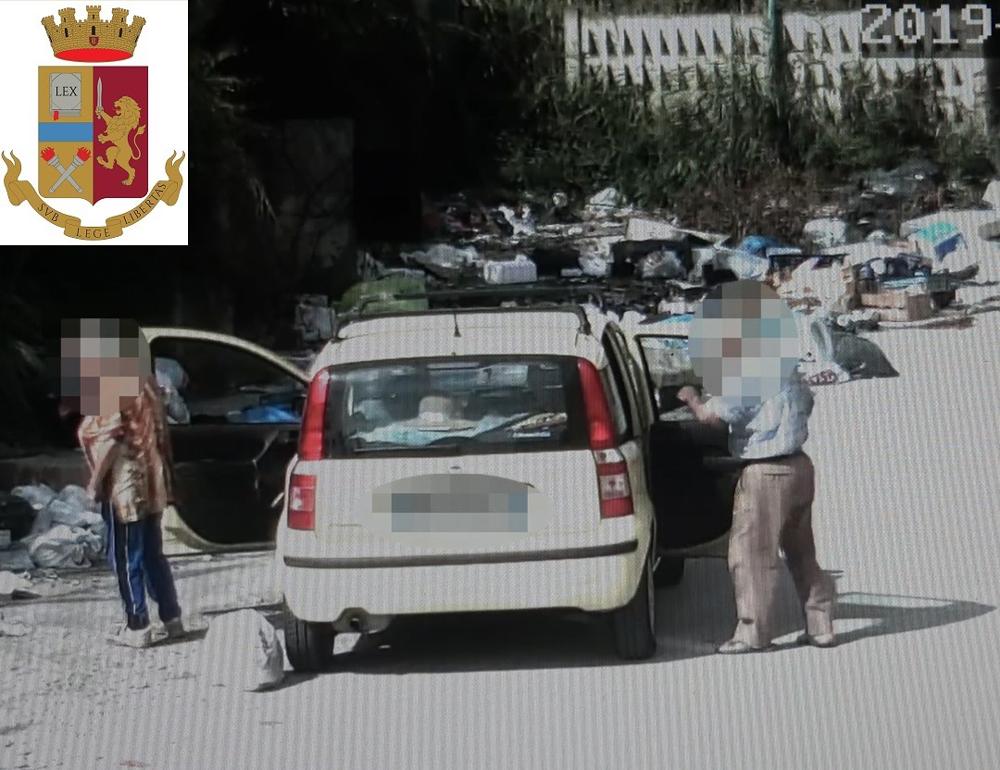 [AGGIORNAMENTO FOTO E VIDEO]  Gela, identificate dalla Polizia 23 persone per abbandono di rifiuti in strada, scattano sanzioni per circa 14mila euro